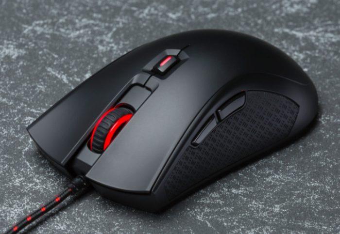 Jogamos com o Pulsefire, o mouse da HyperX feito para quem curte FPS