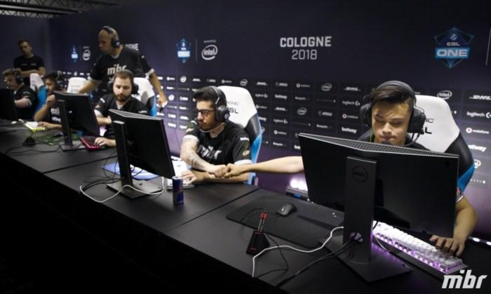 ESL One Cologne: MiBR perde para FaZe Clan, mas ainda tem chances de playoffs