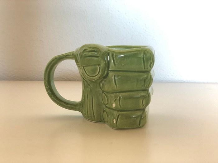 Café na caneca do Hulk e itens de Star Wars na Nerd ao Cubo do mês!