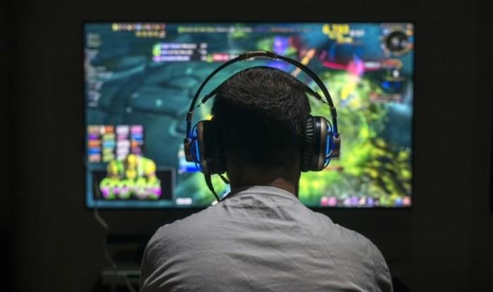 """OMS oficializa o """"vício por video games"""" como doença na CID-11"""
