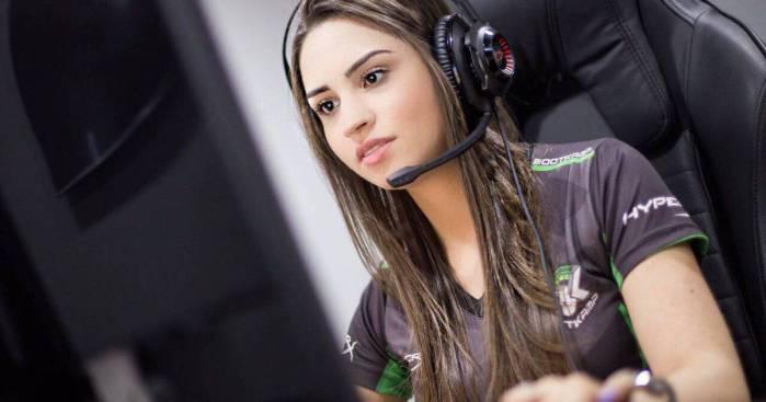 Tribuna Arkade: ex-jogadora de Counter-Strike é condenada a 116 anos de prisão por estelionato