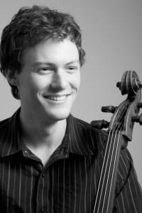 Tavi Ungeleider, Cello