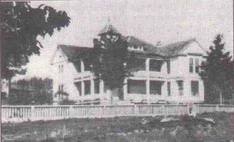 Image of the old Peters house in Pocahontas