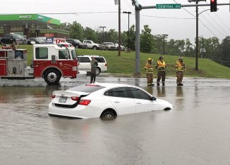 Central Avenue floods after heavy rainfall (with videos) - Hot Springs
