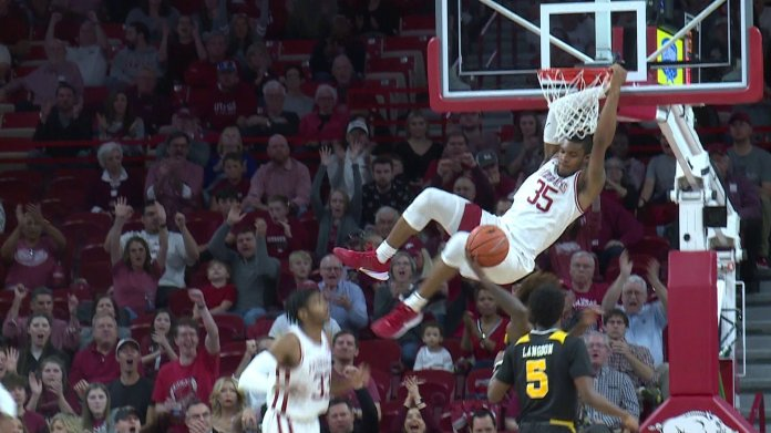 Hogs Remain Undefeated With Win Over Northern Kentucky