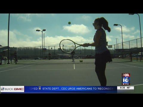 Watch: Arkansas woman rises in tennis ranks