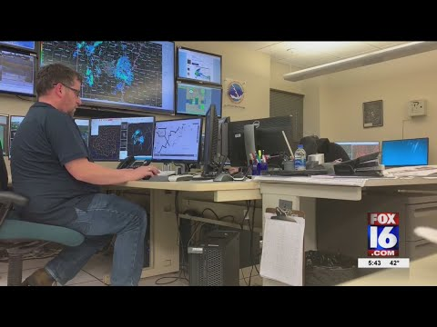 Watch: National Weather Service in NLR sends meteorologist to Australia