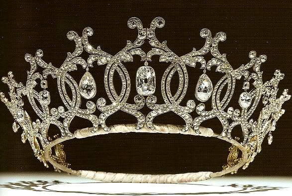 Tiara de diamantes de la Princesa de York. De las joyas reales británicas.