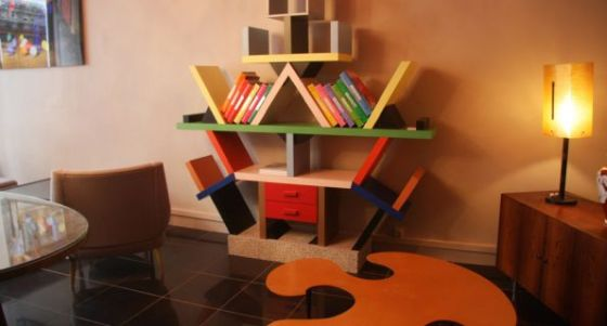 Ettore-Sottsass-biblioteca-carlton