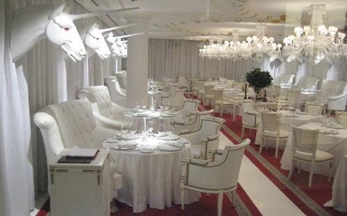 Diseador de interiores famoso espacios diseos de oficina - Arquitectos de interiores famosos ...