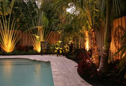 ideas-creativas-para-iluminar-jardin12