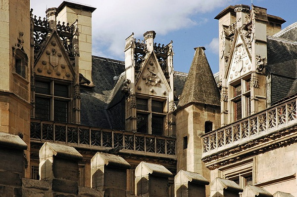 hotel-cluny-gotico-flamigero