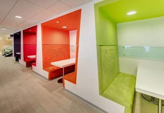Dise o de interiores de oficinas modernas arkiplus for Diseno de oficinas pdf