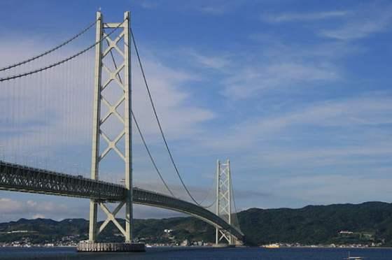 Puente-Akashi-Kaikyo-01