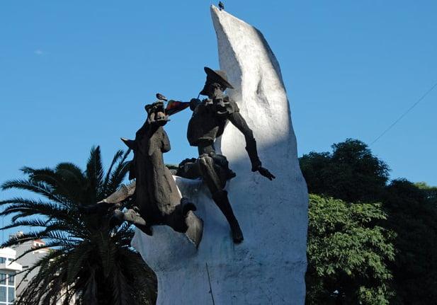 estatua-don-quijote
