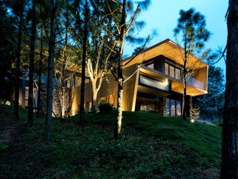 modern wooden house design, house made of wood design,