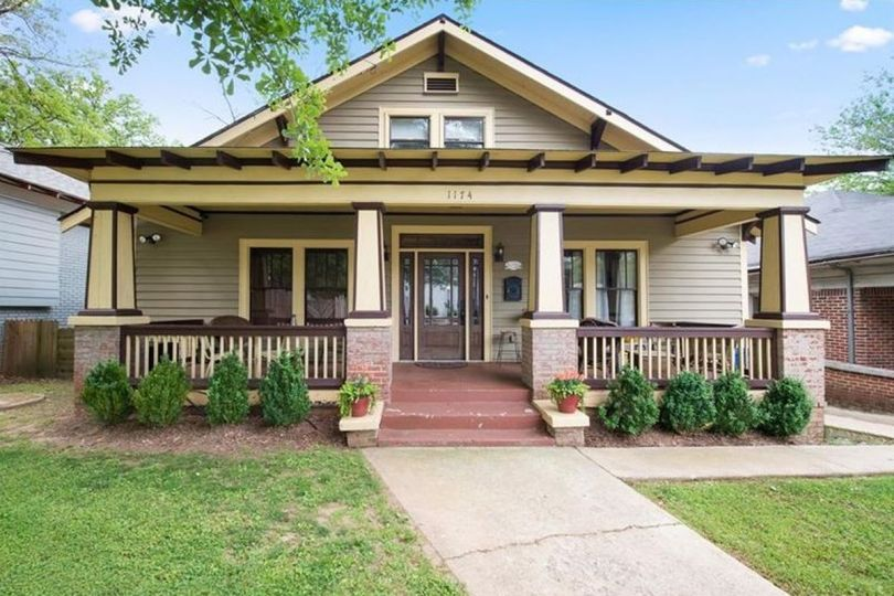 Characteristics of a Bungalow Houses 1