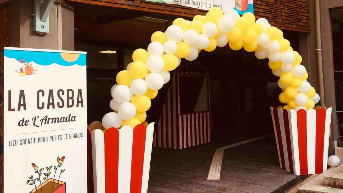 Photo - Arche de ballon à l'entrée de La Casba