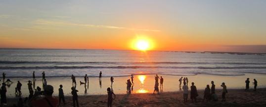 Outbound di Bali – Pantai Jimbaran