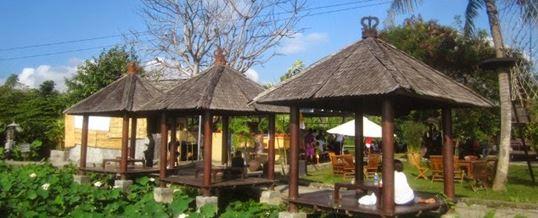 Outbound di Bali – Kertalangu Cultural Village Denpasar Bale-bale