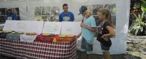 Tanah Wuk Retaurant Bio Adventurer Tenda Buffet