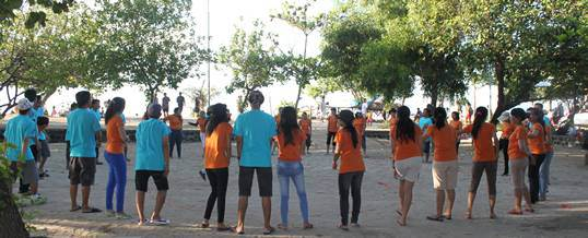 Team Building di Bali - Pantai Mertasari Sanur - Ice Breaking