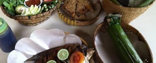 Adventure Bali Makan di Pawon Pasundan