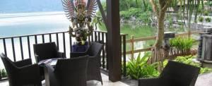 Gathering Bali Lakeside Bar