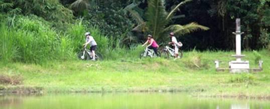 Adventure Bali Bike Pura Taman