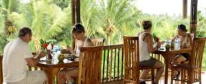 Advneture di Bali Lunch Bali Hai Lunch