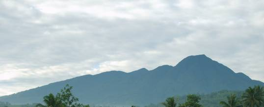 Adventure Trekking Bogor Gunung Salak