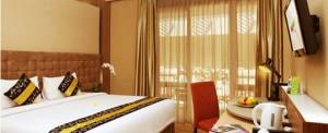 Rivavi Hotel Kuta Gold King Size Bed