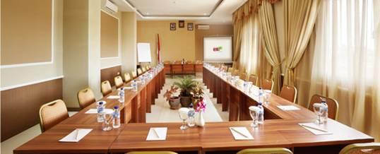 Rivavi Hotel Kuta Meeting Room