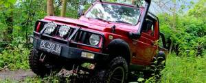 Offroad Bali Jeep Merah - GGA1