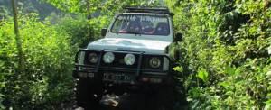 Offroad Bali Jeep Putih - GGA1