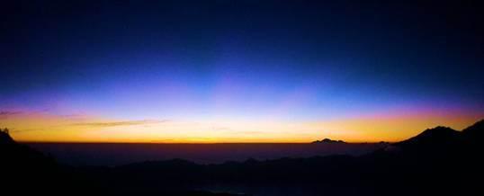 Trekking diBali Mount Batur Sunrise Trekking