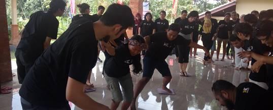 Outbund Bali Indoor Fun Team Building - Kopernik - 1612162