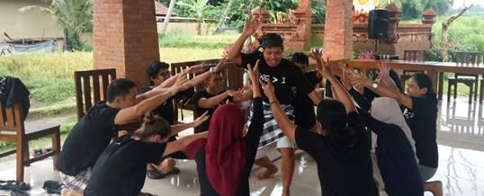 Outbund Bali Indoor Fun Team Building - Kopernik - Tari Cak 1612169