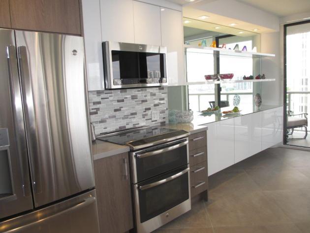 Contemporary-Kitchen-Miami-24