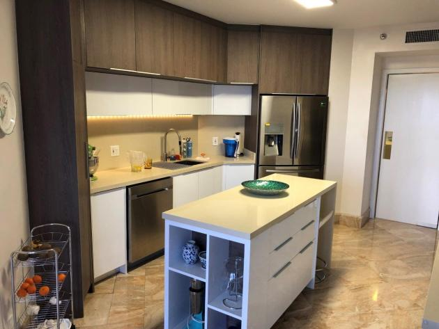 Contemporary-Kitchen-Miami-02
