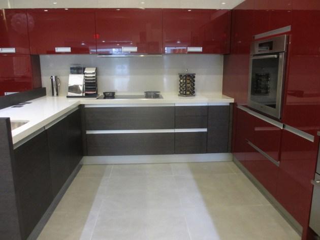 Contemporary-Kitchen-Miami-49
