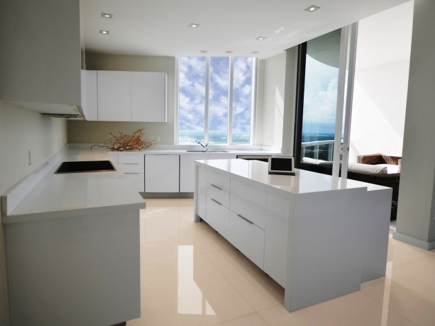 Contemporary-Kitchen-Miami-56
