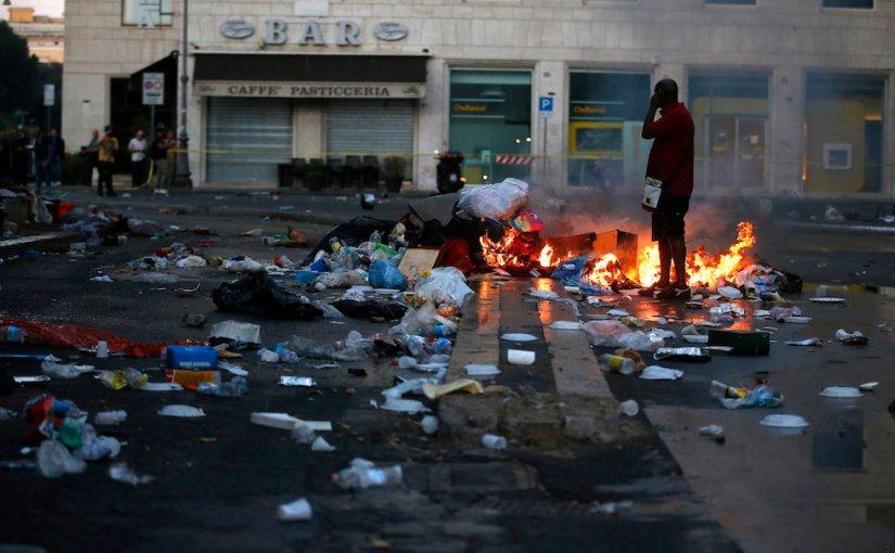 Governare a Roma per conto dei palazzinari: l'ideologia propone, la stecca para dispone