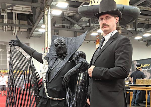 Origins 2019! Costumes Everywhere!