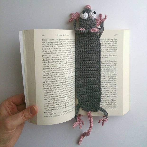 Rat Bookmark - amigurumi crochet pattern by Supergurumi