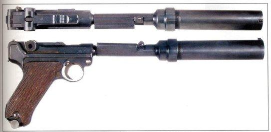 Luger P08 silenziata