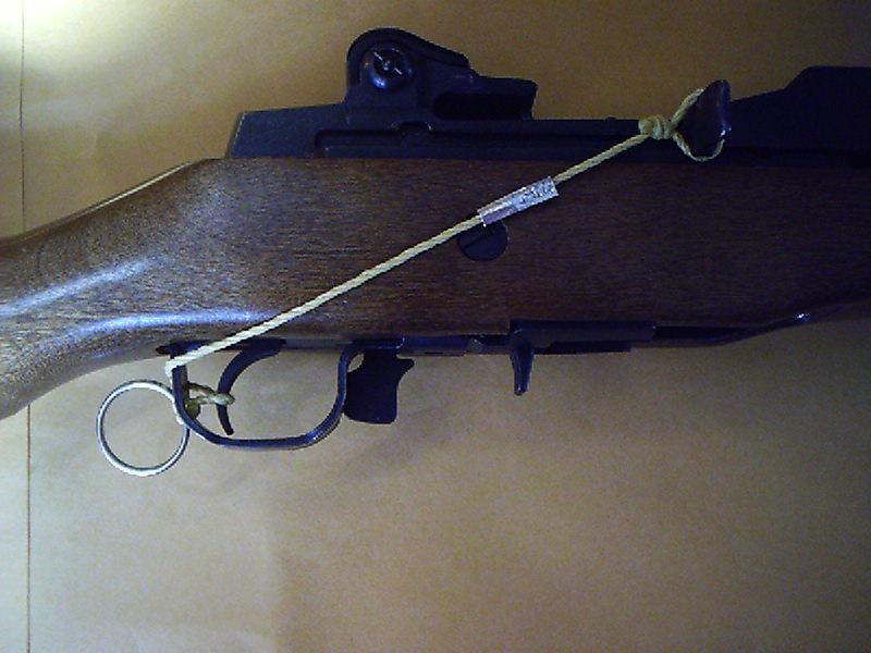 Shoestring machinegun - Mitragliatrice a stringa