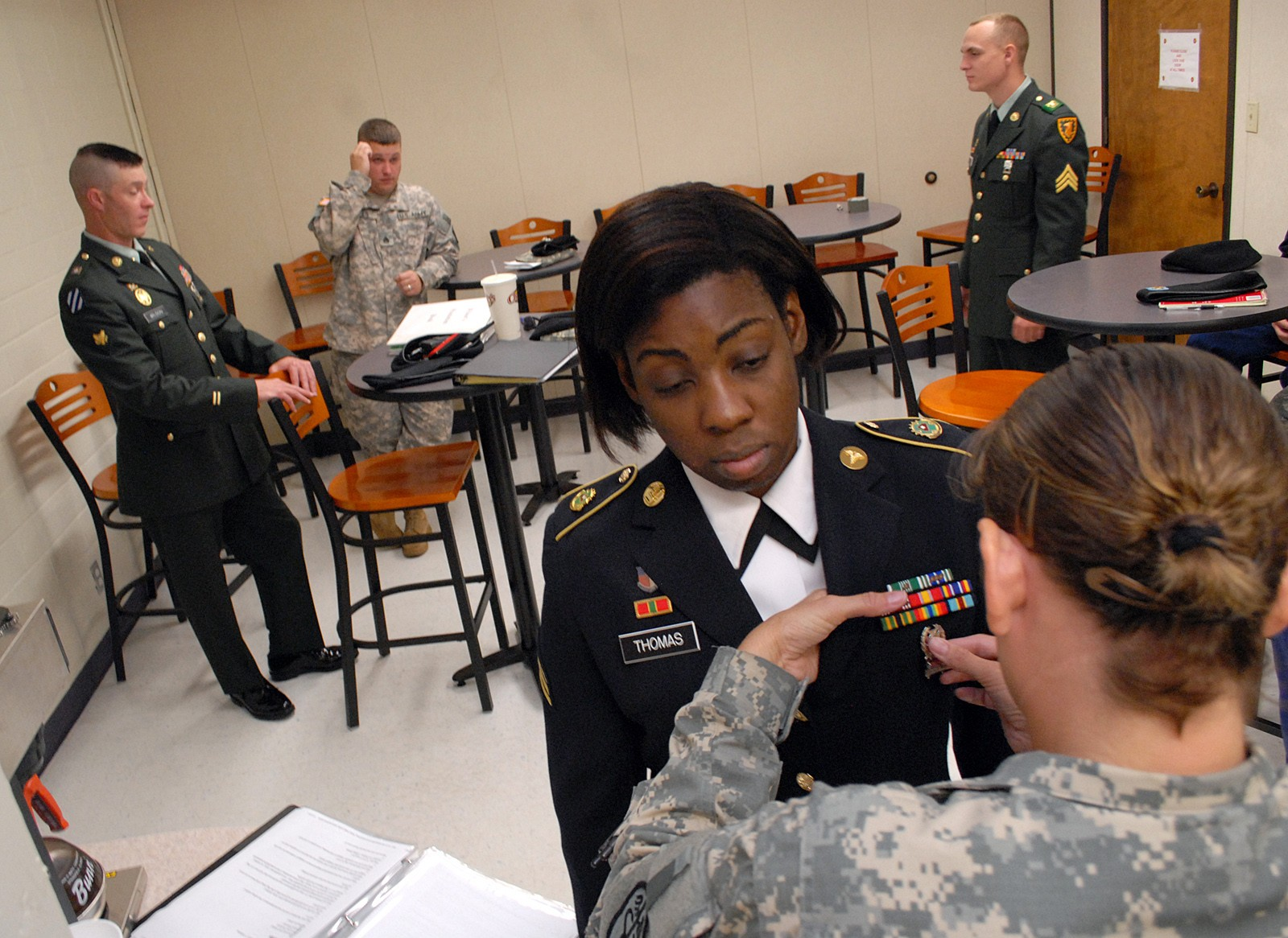 Fort Leavenworth Selects Top Sol R Nco Of Year