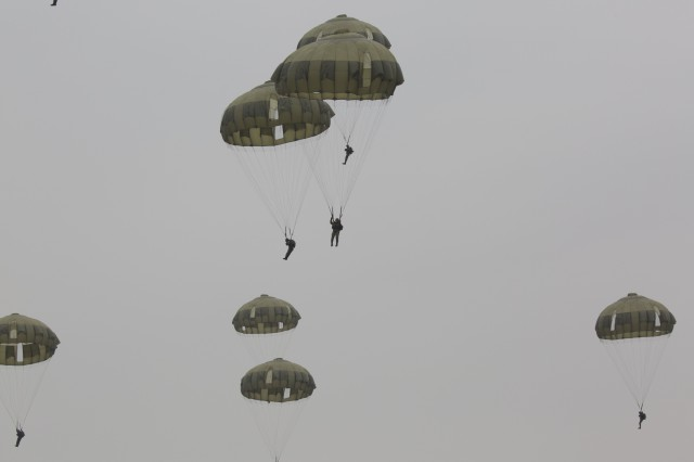 Like U.S. Army Paratroopers, Paratroopers from the 1st Airborne Brigade participate in various Airborne jumps using C-130 Hercules turboprop aircraft, CH-47 Chinook helicopters, UH-1 Hueys and other available fixed-wing aircraft.