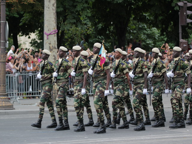 https://i2.wp.com/www.armyrecognition.com/images/stories/europe/france/exhibition/14_july_2010_parade/senegal/pictures/Senegal_armee_senegalaise_Senegalese_army_army_France_French_14_july_juillet_2010_national_bastille_day_015.JPG